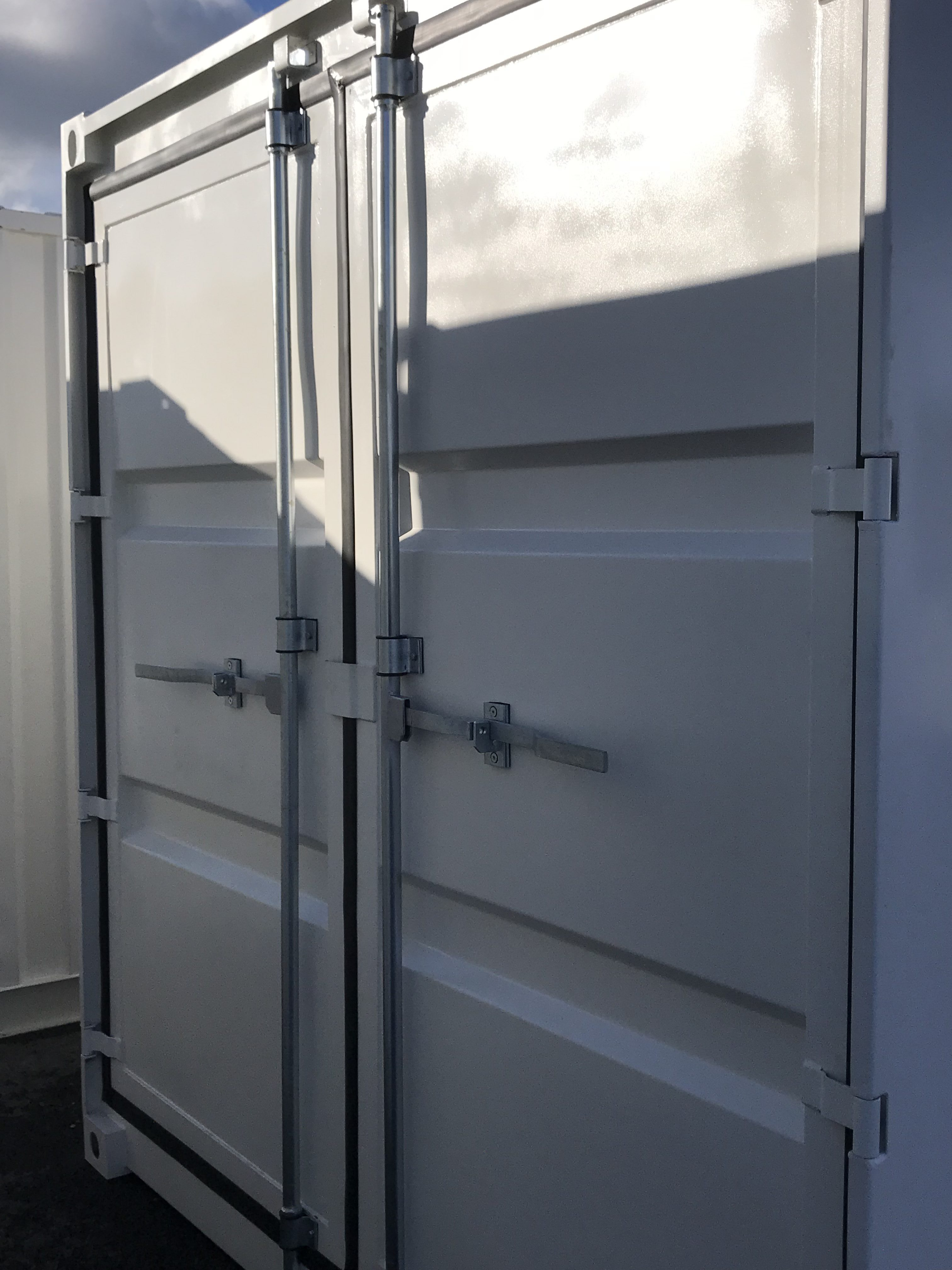 Lagercontainer 10ft Tür