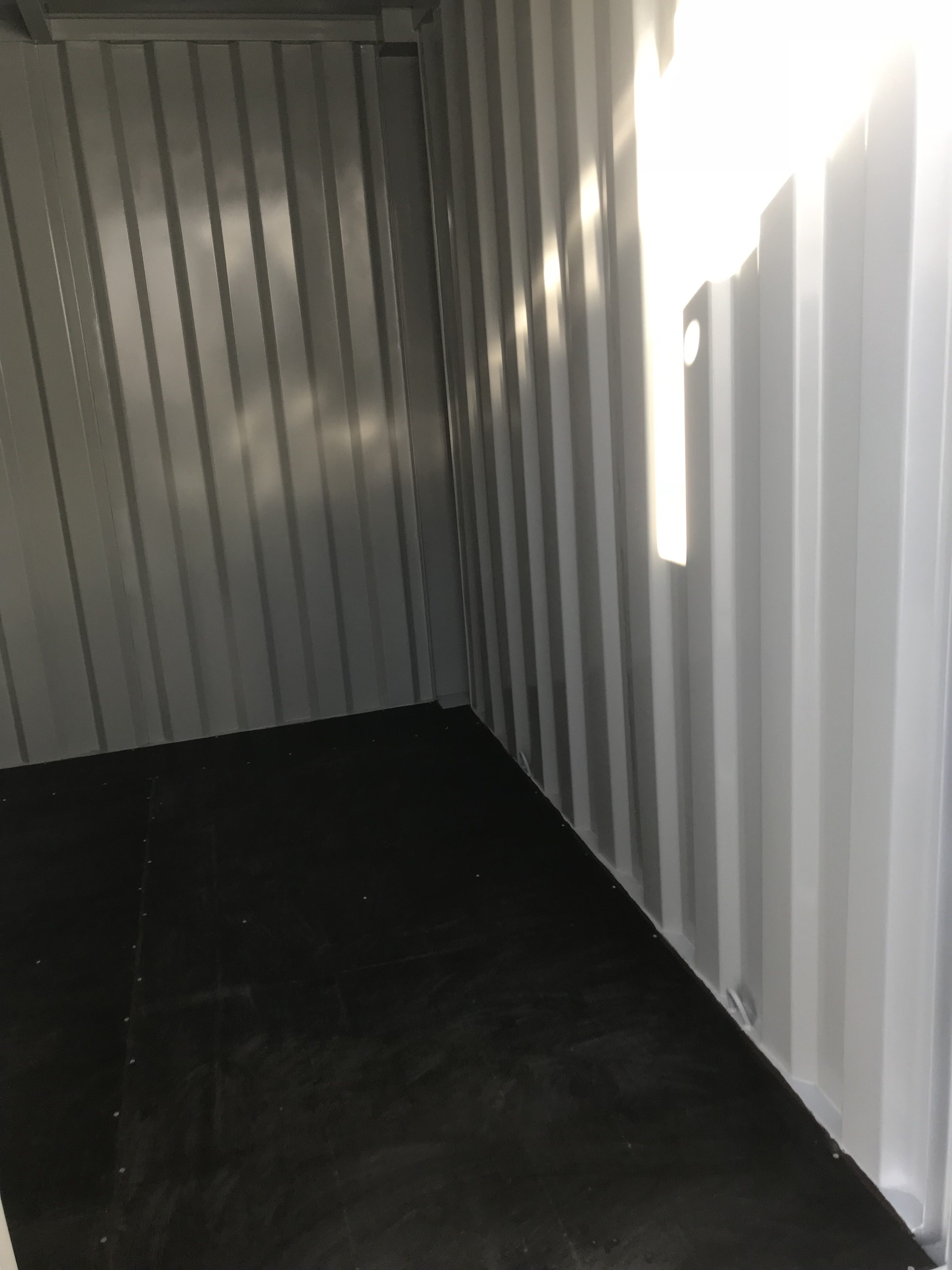 Lagercontainer 10ft innen